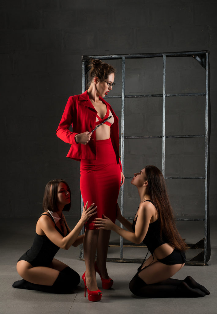 Dominatrix Training Her Female Slaves